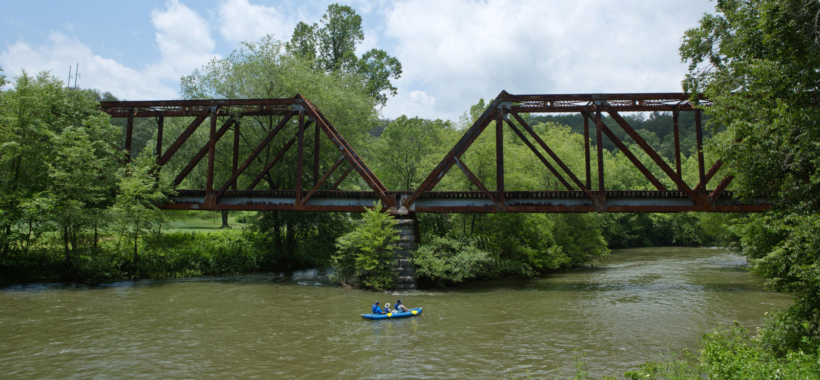 Kayaking the Toccoa River in McCaysville