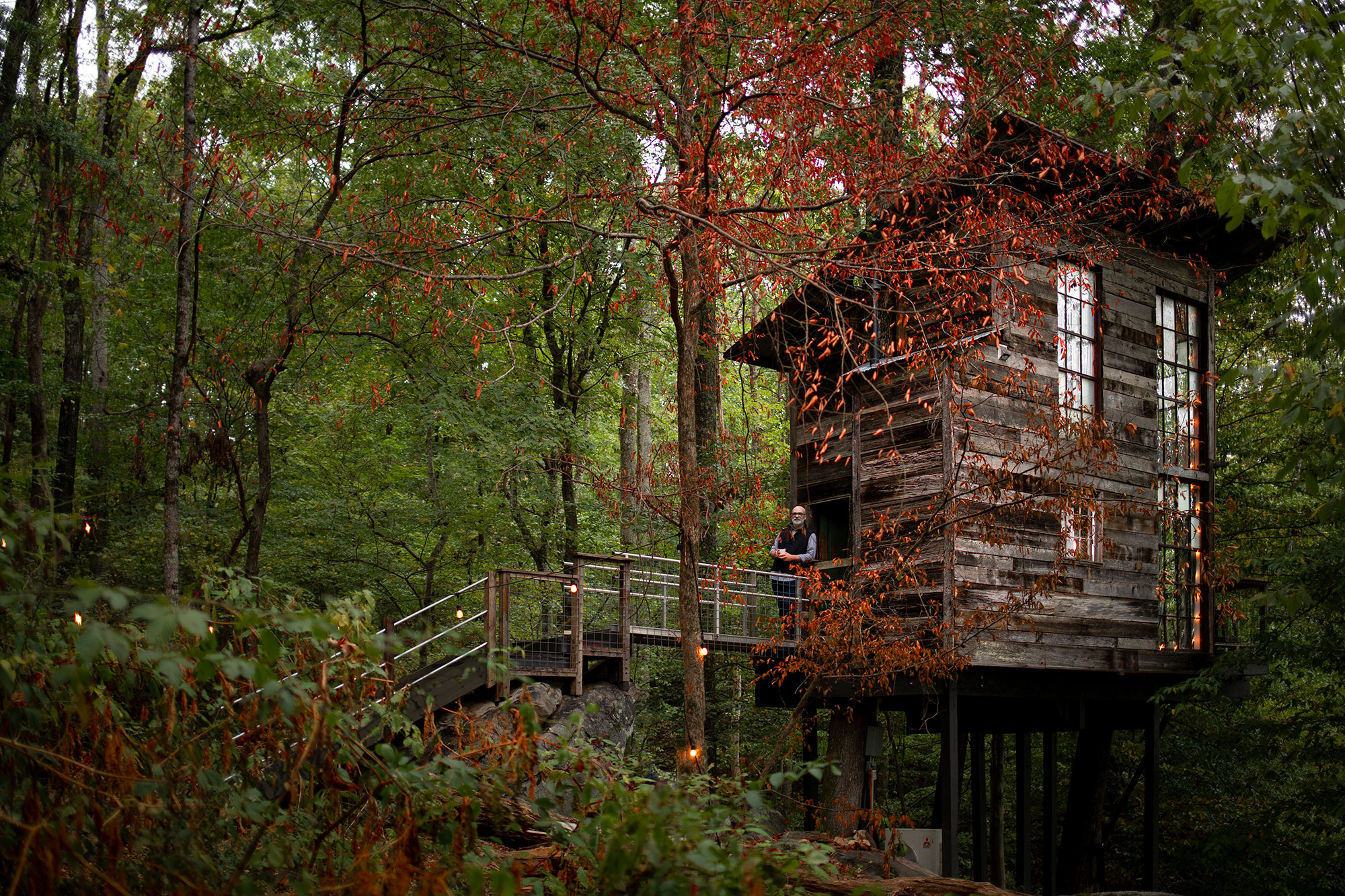 Treehouse in Flintstone, Georgia. Photo by Ben Galland