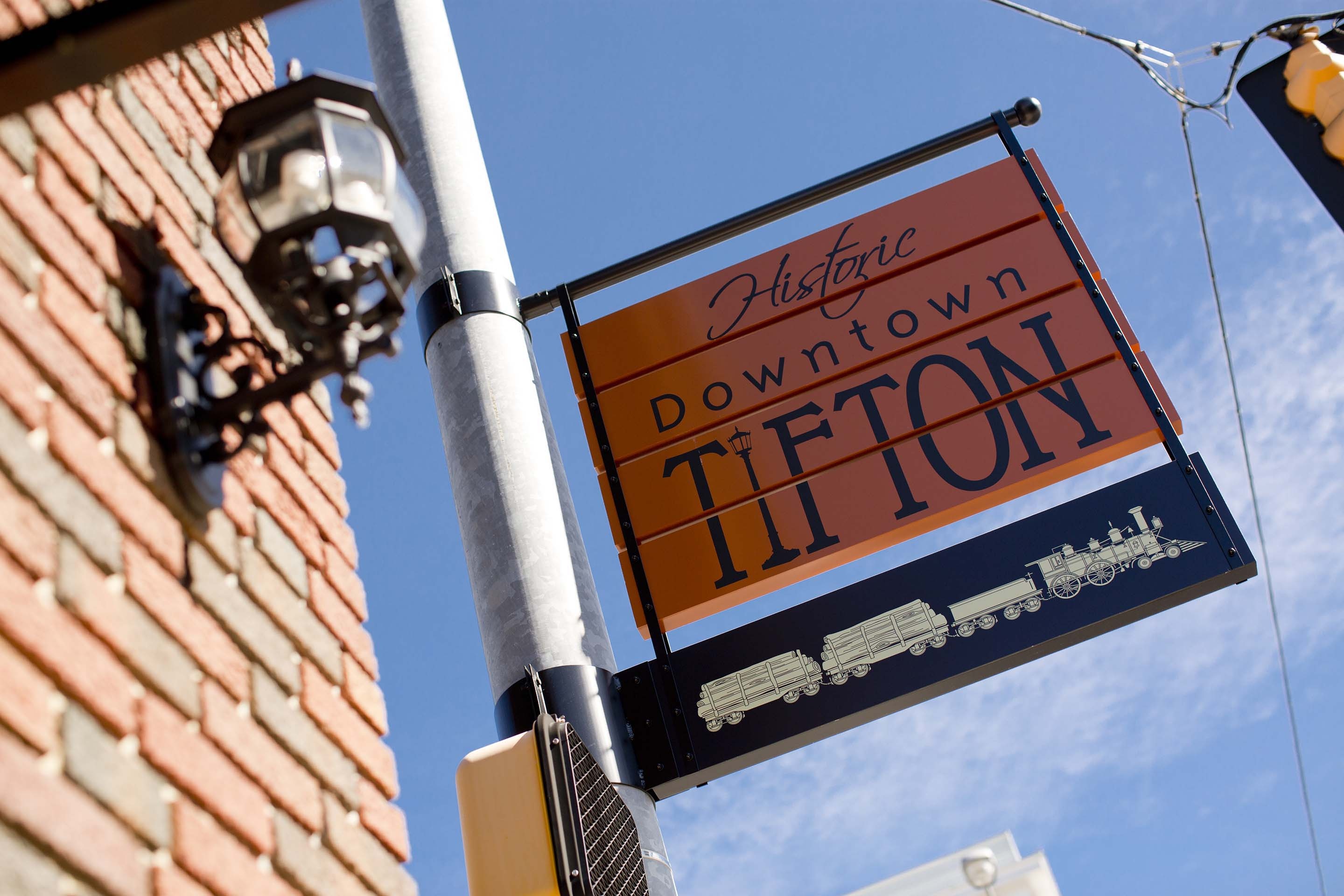 Historic downtown Tifton sign