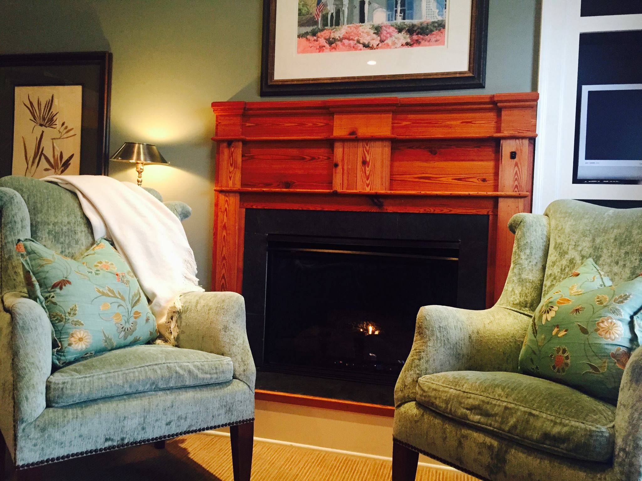 A cozy room at the James Madison Inn