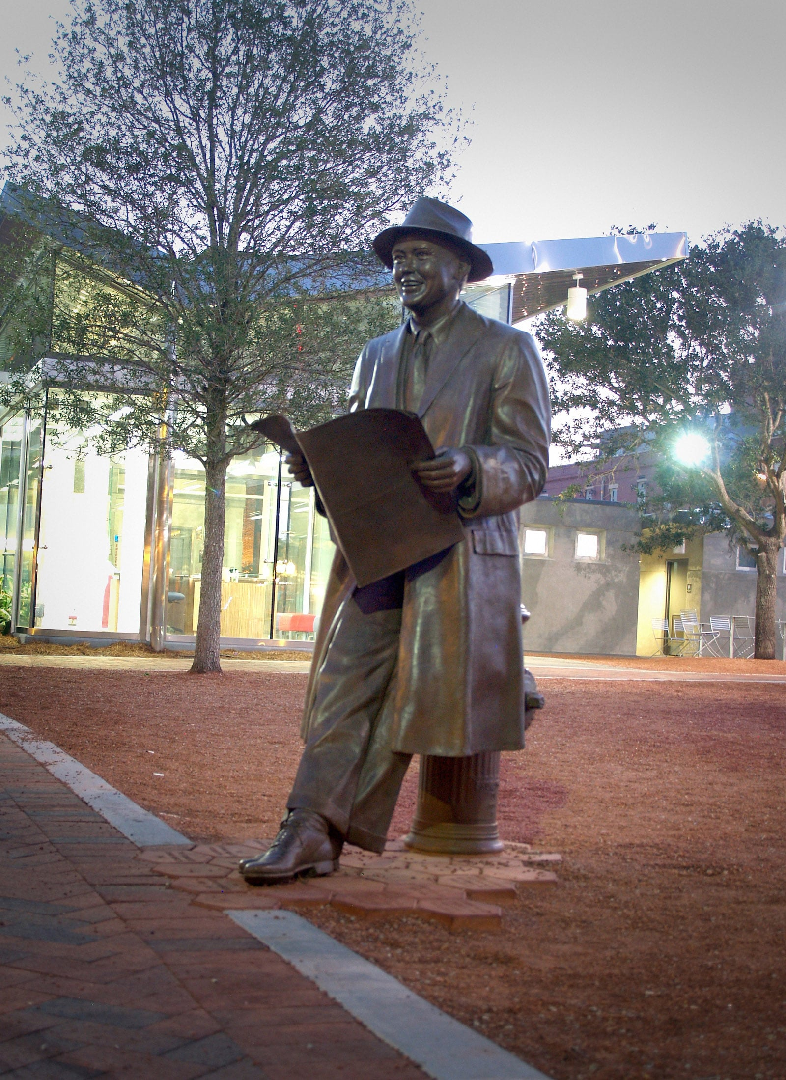 Johnny Mercer statue in Savannah's Ellis Square