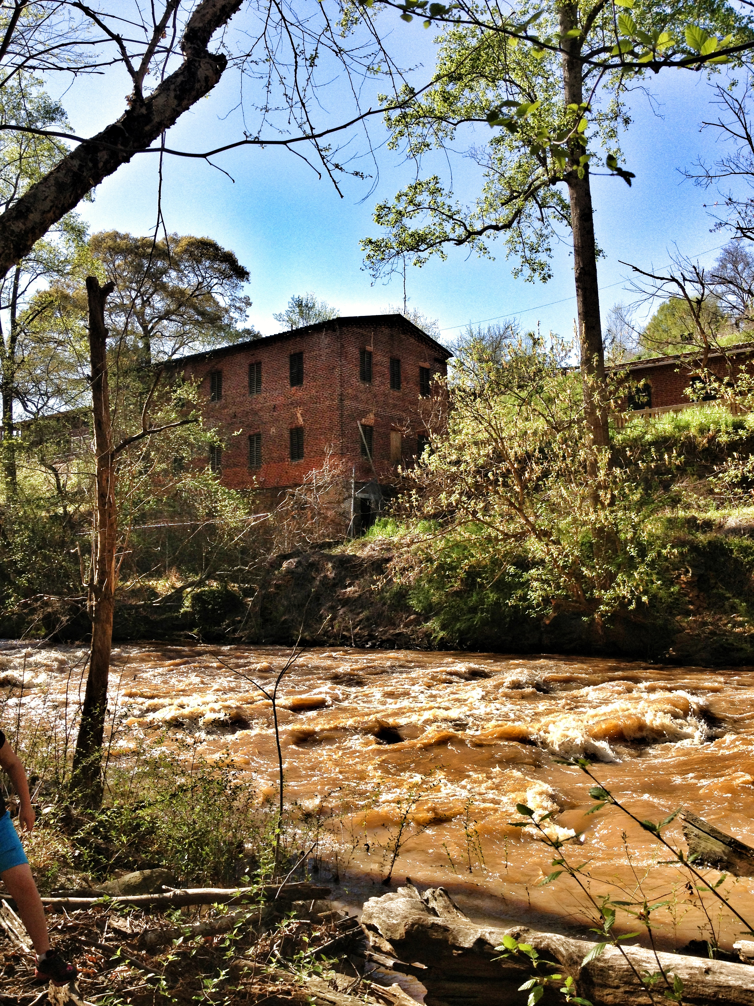 Take A Scenic Stroll Through Old Mill Park In Roswell