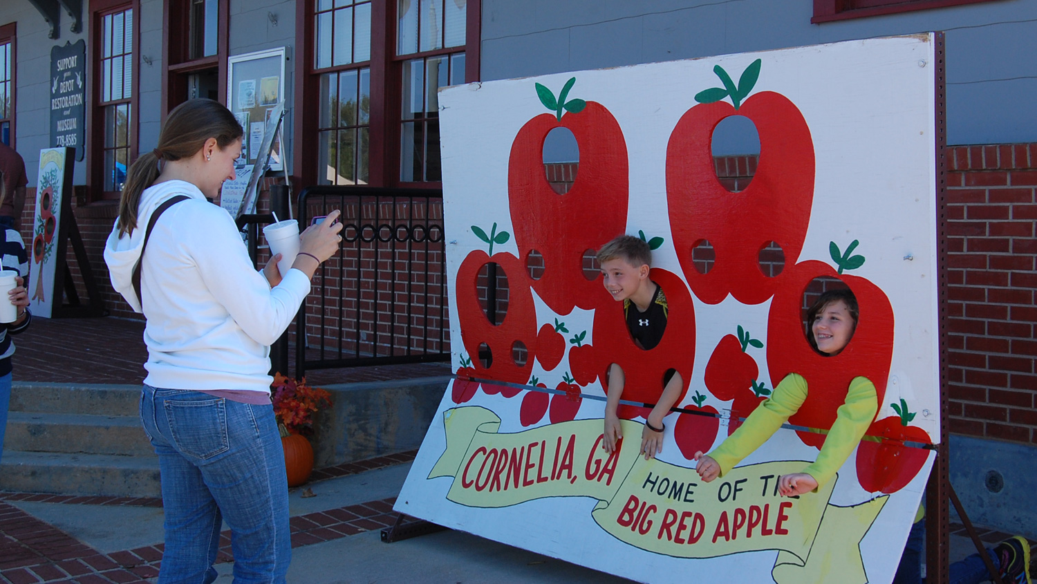 Big Red Apple Festival in Cornelia, Georgia