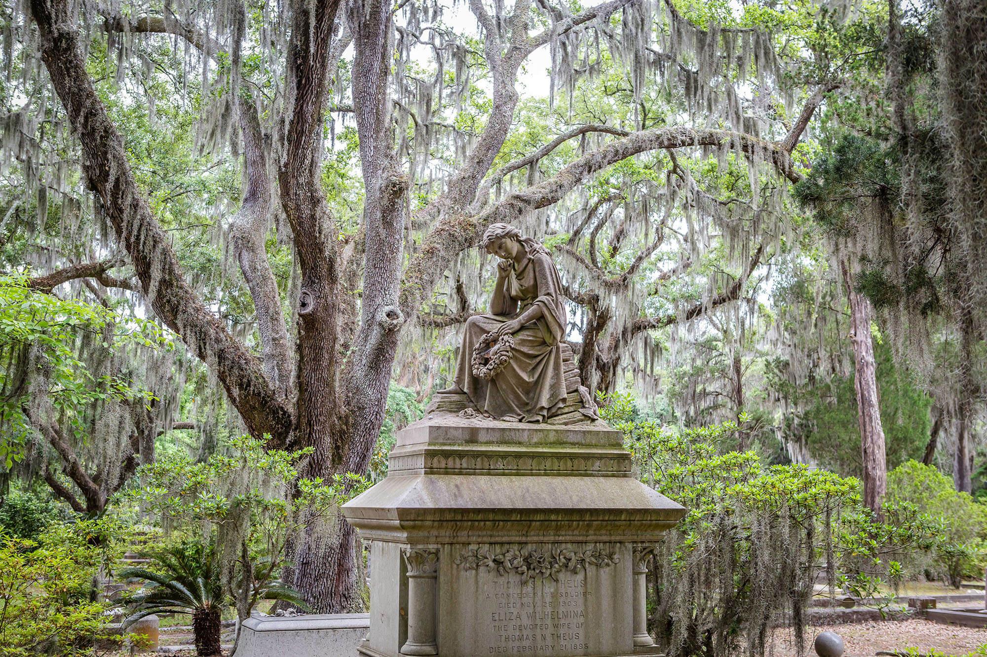 Image result for Bonaventure Cemetery (Georgia)