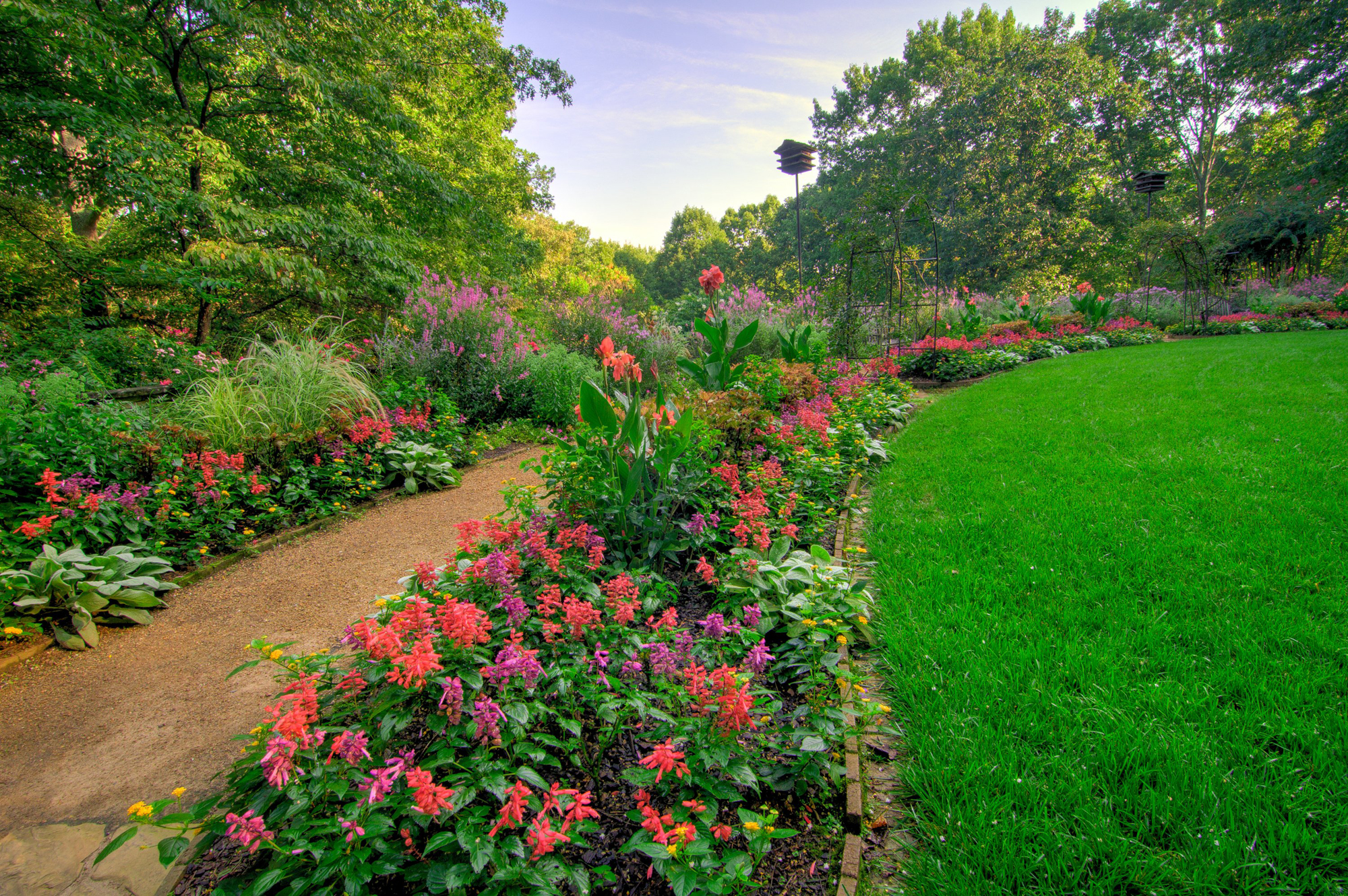 Colors In Late Summer Gardens