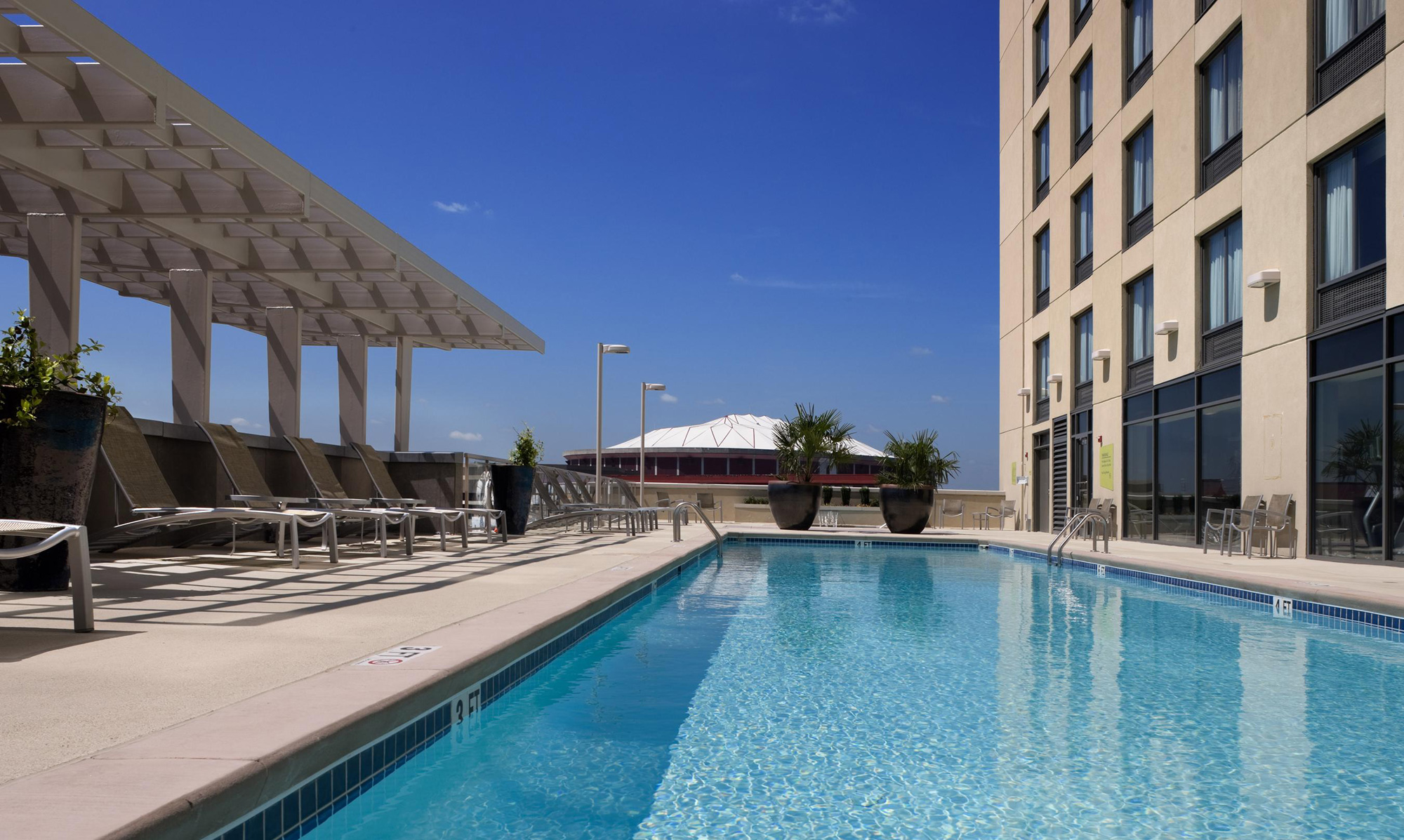 Rooftop pool at the Hilton Garden Inn Atlanta Downtown