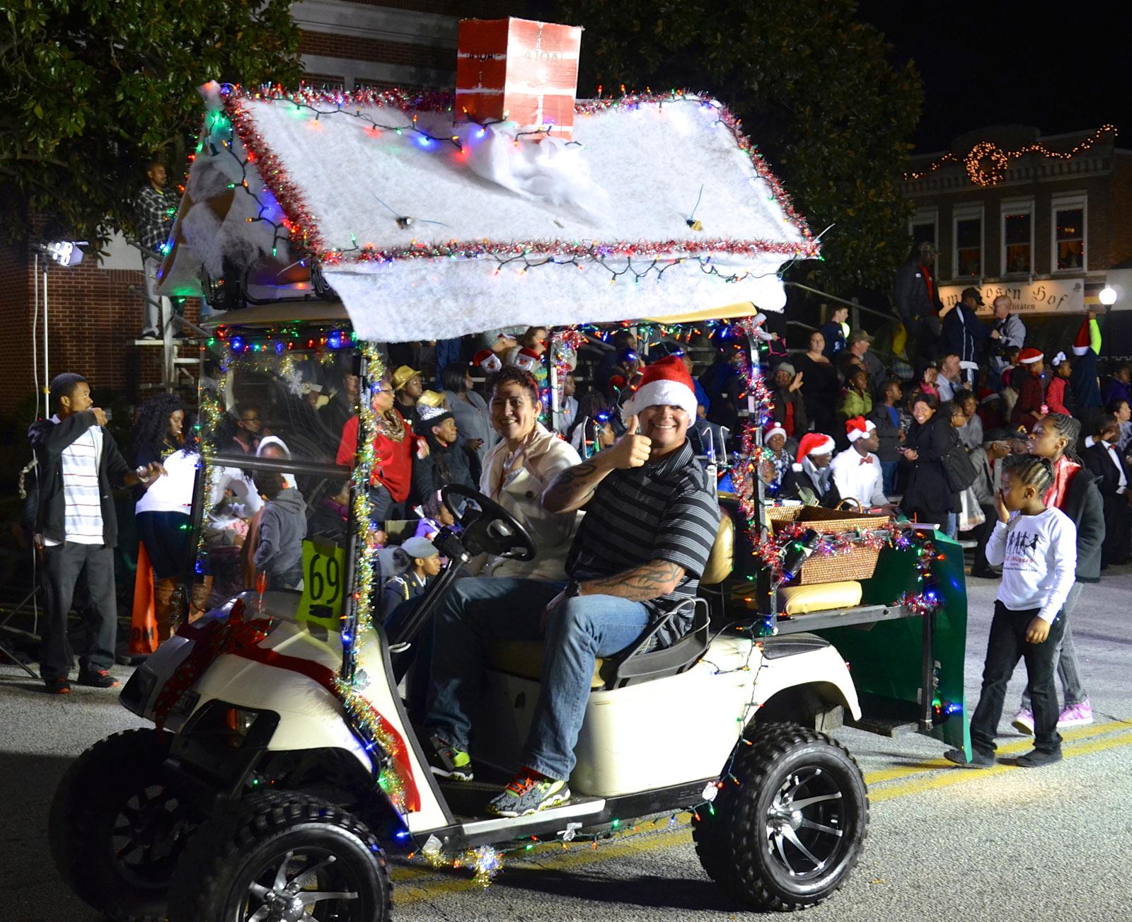 Valdosta Ga Christmas Parade 2019 Jingle All the Way with Georgia's Christmas Parades | Official
