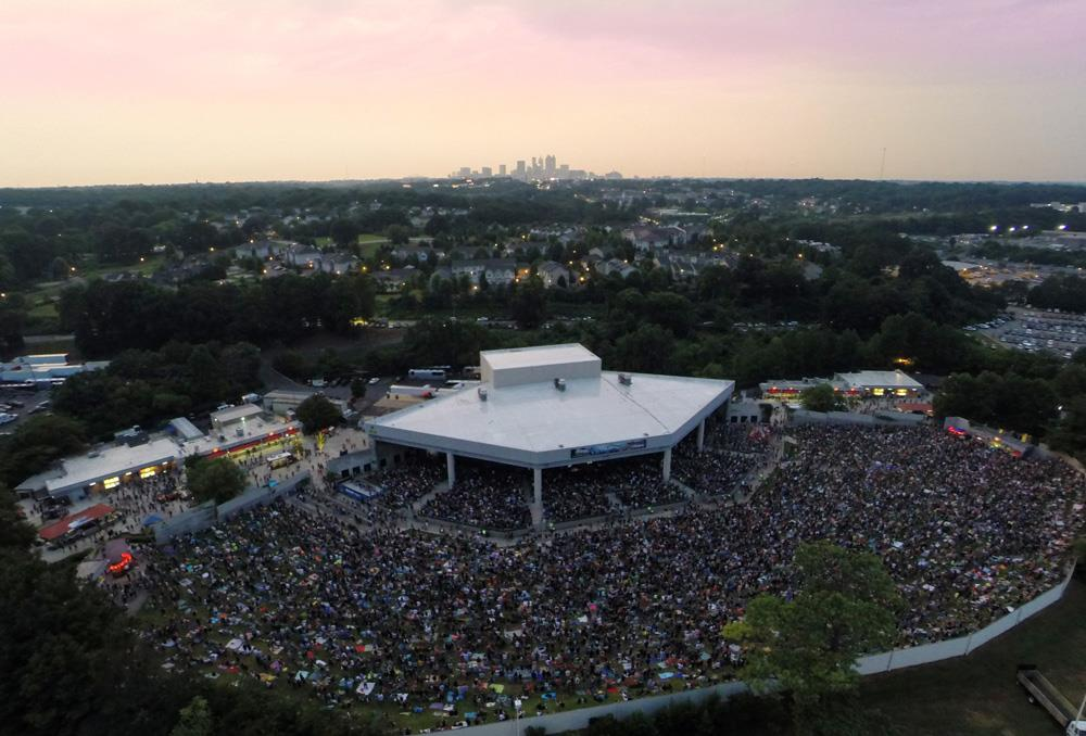 Lakewood Amphitheatre is located just 3.8 miles south of downtown Atlanta and 3.5 miles from Hartsfield-Jackson Atlanta International Airport.