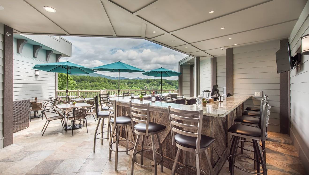 Sky Bar at Valhalla Resort Hotel