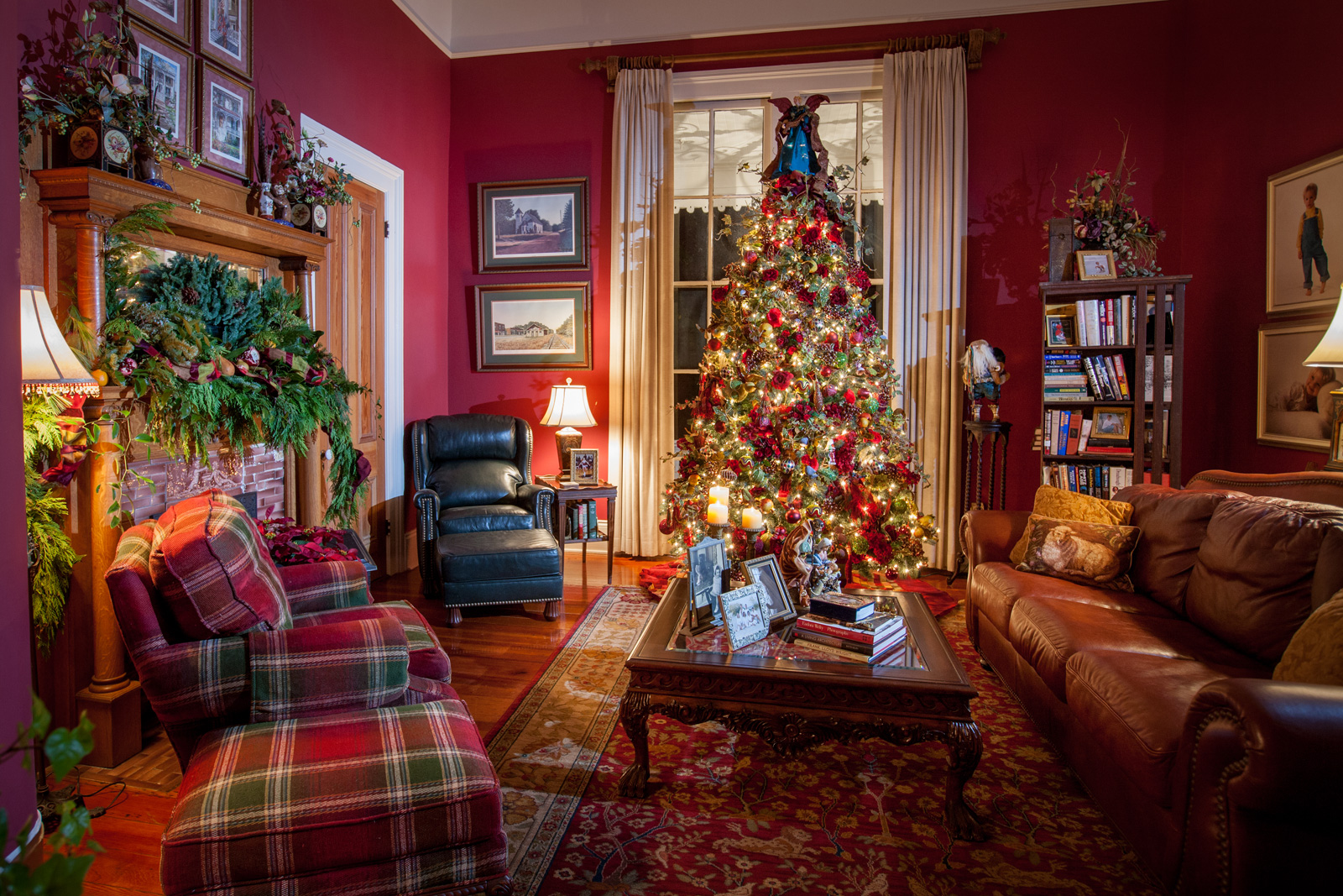 Christmas Tours.Celebrate Christmas Past With These Holiday Home Tours