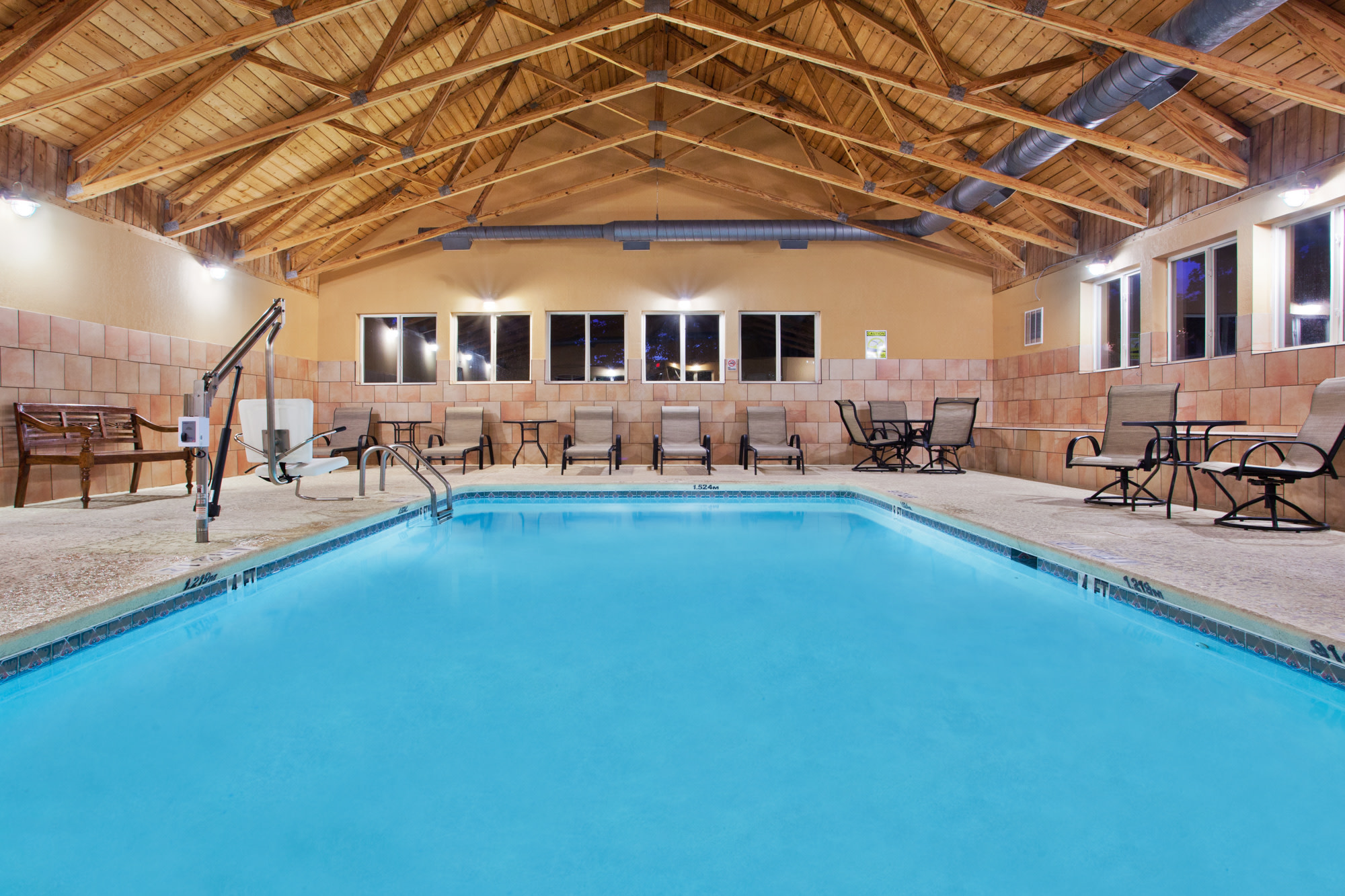 Indoor pool at the Comfort Inn - Blairsville