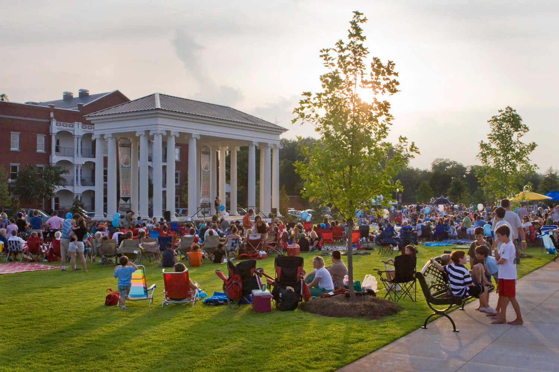 Saturday in the Park in Madison, Georgia