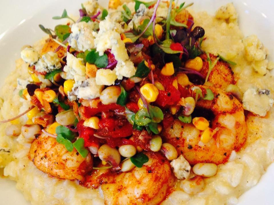 Steel Magnolias shrimp and grits