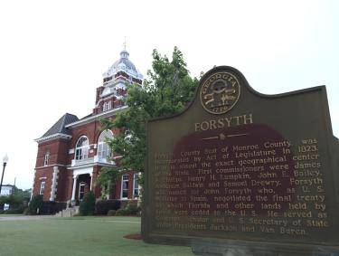 City of Forsyth marker in front of the capital