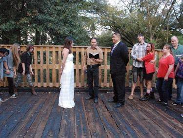 Plan your Walking Dead-themed wedding in downtown Senoia, Georgia.