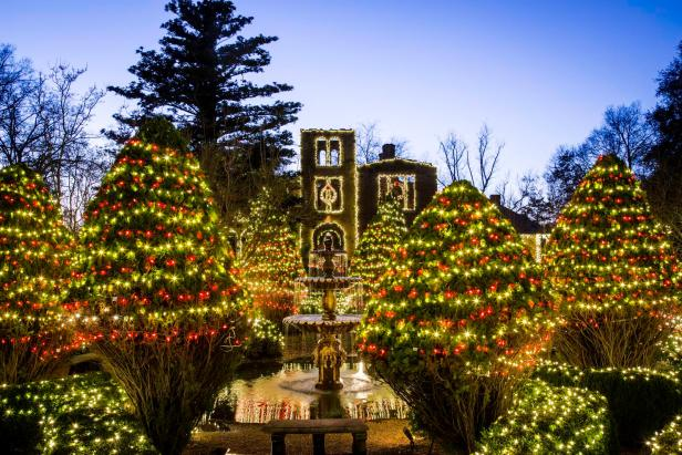 Light Up the Holidays at Barnsley Resort