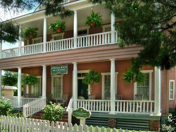 Spencer House Inn - front