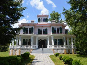 Built in 1870 by Captain James Nichols, the house at Hardman Farm is a grand example of Italianate architecture.