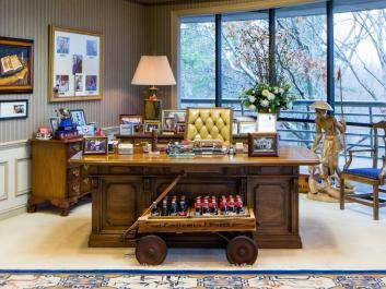 Truett's Office