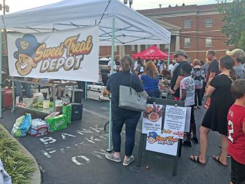 Plenty of food trucks and vendors available
