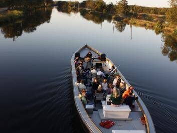 A  music cruise heads up the Augusta Canal