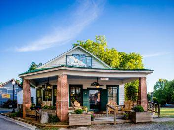 The Original Whistle Stop Cafe from the movie Fried Green Tomatoes