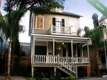 The Historic Jepson Estate - Luxury Savannah Vacation Rental across from Forsyth Park