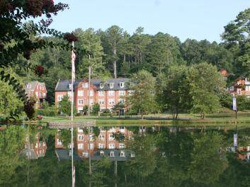 The Darlington School is centered around the beautiful Silver Lake, complete with a small swan population.