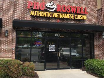 Pho Roswell exterior