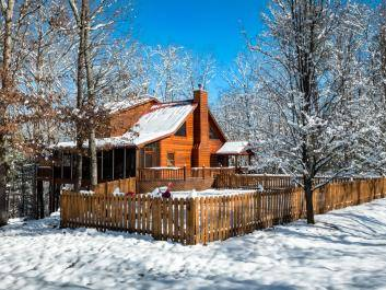 Winters are beautiful at Mountain Hideaway Cabin