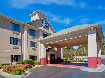 Welcome to the Best Western Augusta West!