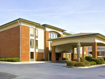 Country Inn & Suites Alpharetta, GA