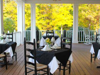 Front Porch Dining (seasonal only)