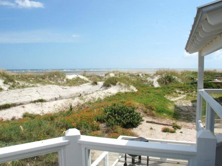 Remarkable Oceanfront Cottage Rentals Tybee Island Official Georgia Home Interior And Landscaping Eliaenasavecom