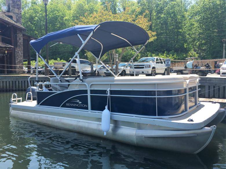 Lake Burton Boat Rentals Official Georgia Tourism