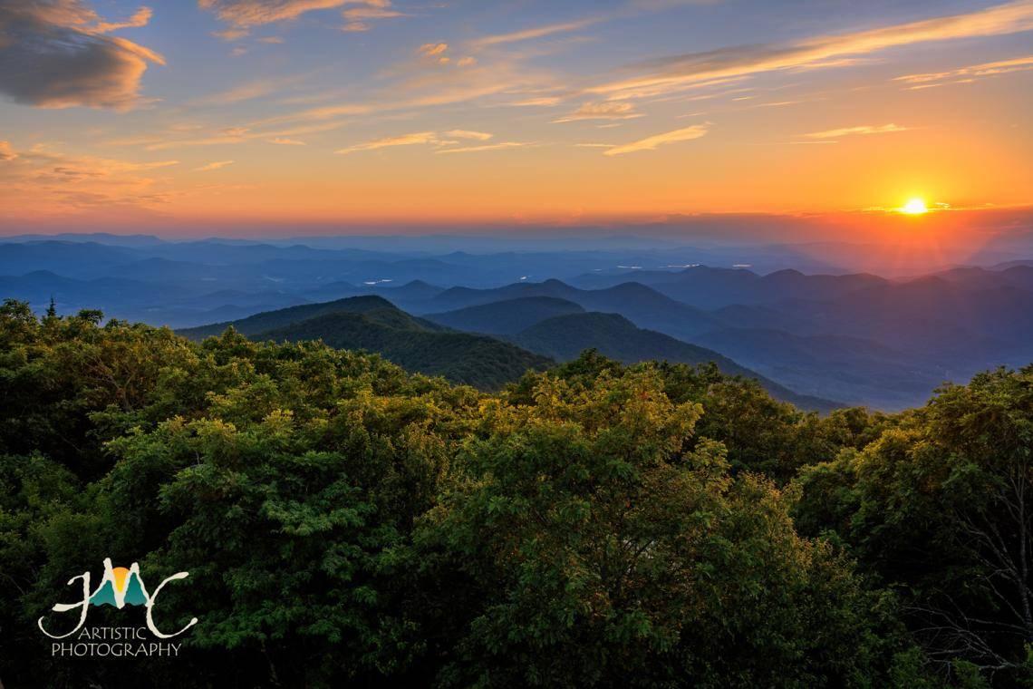 Gaze Through The Eyes Of A Dragon On This North Georgia Road Trip Official Georgia Tourism