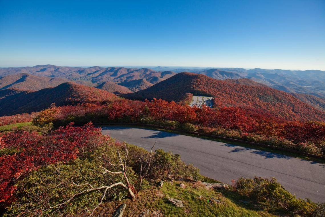 The 2019 Visitor Guide to Hiawassee, Georgia: Eat, Stay & Play